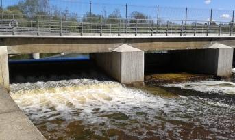 Jägala joen putouksen yläpuolinen pato (c) Timo Nuoranen