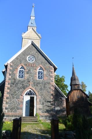 Ruhnun kirkkoja vanhempi vuodelta 1644 (c) Pentti Selin